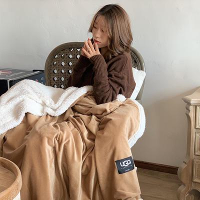 2019新款UGG羊羔絨毯子 150*200 駝色