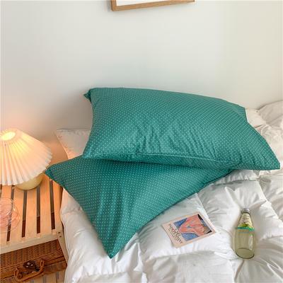 2020新款40支斜纹全棉枕套 48cmX74cm一对 绿波点
