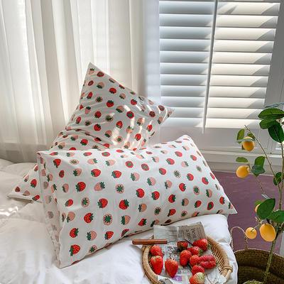 2020秋冬新款全棉小清新单品枕套 48cmX74cm/对 草莓白