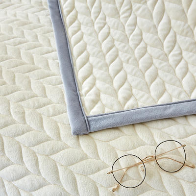 2018新品天鹅绒沙发垫--暖阳系列 70*70cm 米白色