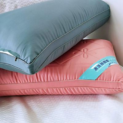 2019新款-貢緞立體熱熔枕48*74 藍色