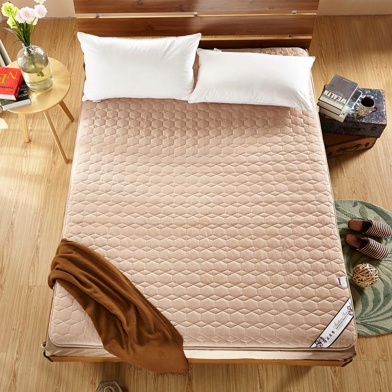 绗绣加厚耐压榻榻米床垫