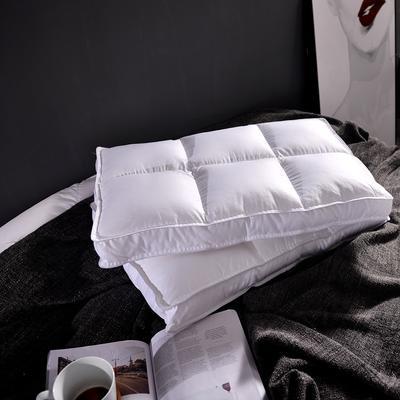 2017秋冬新款贡缎六方格枕  日式软枕 可水洗枕芯 枕头 贡缎六方格枕