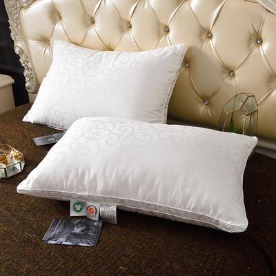 2020新款星级奢华提花羽丝绒枕(48*74) 星级奢华提花羽丝绒枕