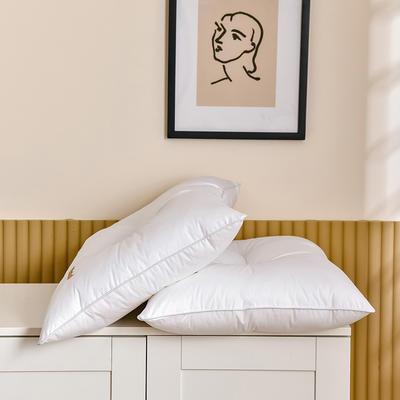 2021新款酒店风纽扣款护颈枕枕头枕芯 白
