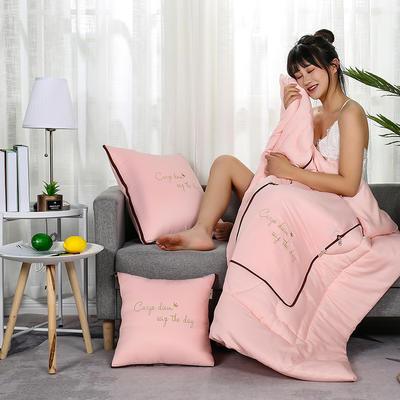 2021新款轻奢刺绣款抱枕被 45x45cm展开被子120*160cm 淡粉