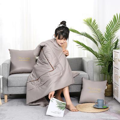 2020新款轻奢刺绣款抱枕被 40X40cm展开被子110*150cm 时尚灰