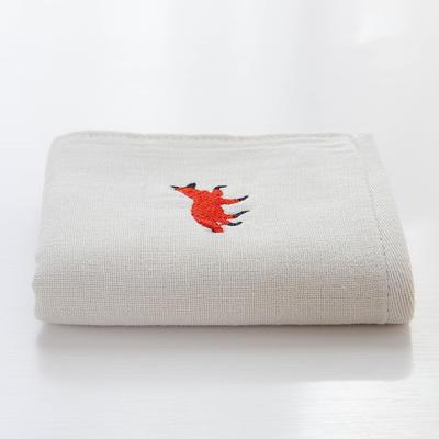 绣花童巾 火狐狸