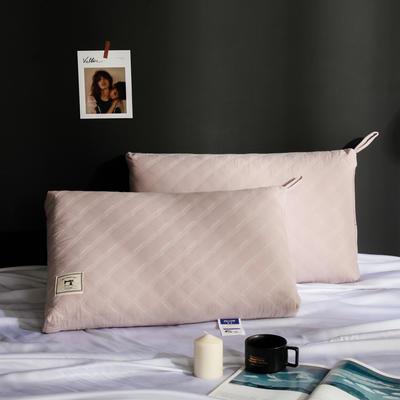2019新款贴布热熔枕 贴布热熔枕48x74cm