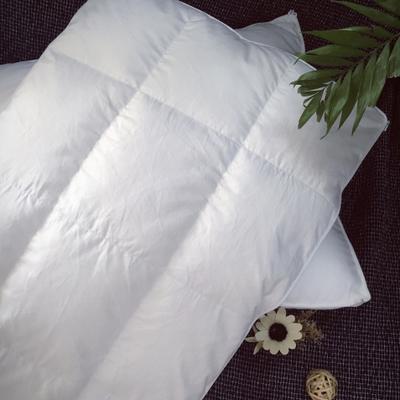 枕芯     鹅绒枕    子母扣款 子母扣款