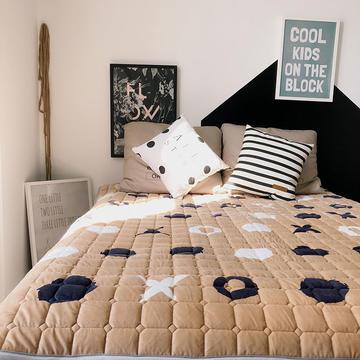 2018新款魔法绒床垫保护垫