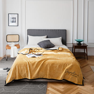 2021新款毛毯被子四季办公室午睡毯法兰绒保暖纯色小盖毯子学生单人空调毯 200*230cm 姜黄