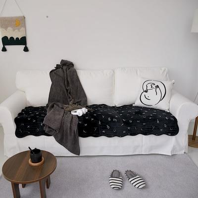 2020新款暖绒沙发垫 50*50cm 字母