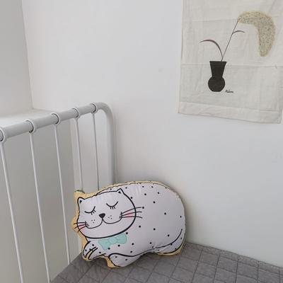 2020新款卡通抱枕 异形抱枕 猫咪