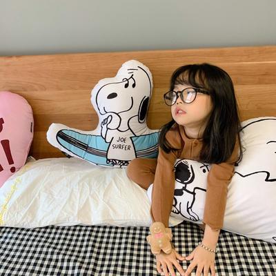 2020新款,新 snoopy和表情抱枕 滑板snoopy45*60cm 滑板snoopy