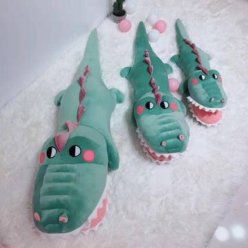 2020新款大牙鳄鱼/只 靠枕抱枕毛绒玩具抱枕靠枕
