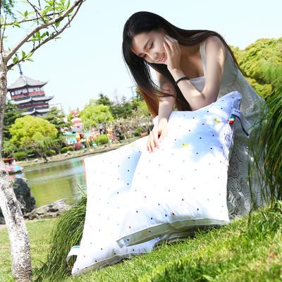 小黄鸭舒适枕护颈保健枕芯安睡助眠枕头枕芯 立体