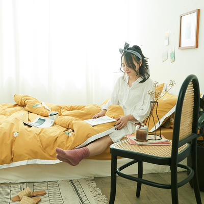 2019新款-化纤磨毛四件套 1.2m(4英尺)床 暗恋-姜黄色