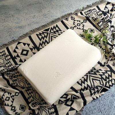 2019新款-ZX3039-沁竹乳胶枕60*40*10-12 科拉乳胶枕