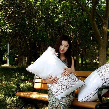 沃兰国际 全棉酒店刺绣立体护颈枕芯五星级枕头芯