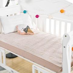 彩棉隔尿垫床笠   新品 S 55*100 滑雪的小孩