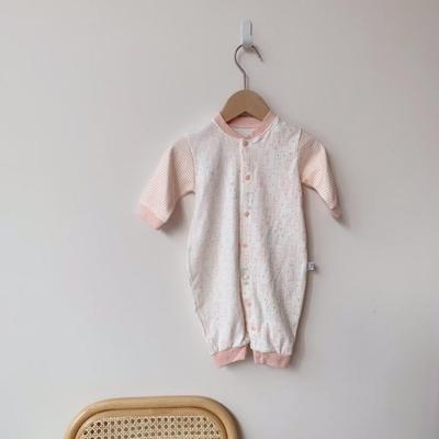 2019新款-白底小猫对开连体衣 66码 粉色